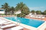 Anteprima piscina Nicolaus Club Ostuni Rosa Marina Resort