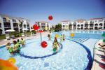 Anteprima piscina animazione Nicolaus Club Toccacielo