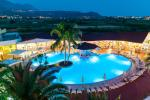 Anteprima panoramica notturna piscina Nicolaus Club Cormorano