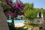 Anteprima piscina e ombrelloni Masseria Fontanelle