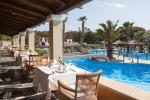 Anteprima portico ristorante Nicolaus Club Aquila Rithymna Beach