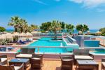 Anteprima piscina bar nicolaus club blue sea beach resort