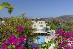 Anteprima piscina fiori hotel nicolaus club dessole lippia golf resort
