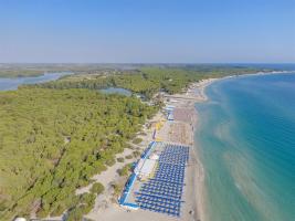 Vista aerea spiaggia Nicolaus Club Alimini Smile