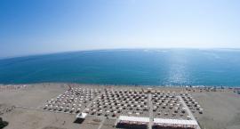 spiaggia mare dall'alto Nicolaus Club Salice Resort