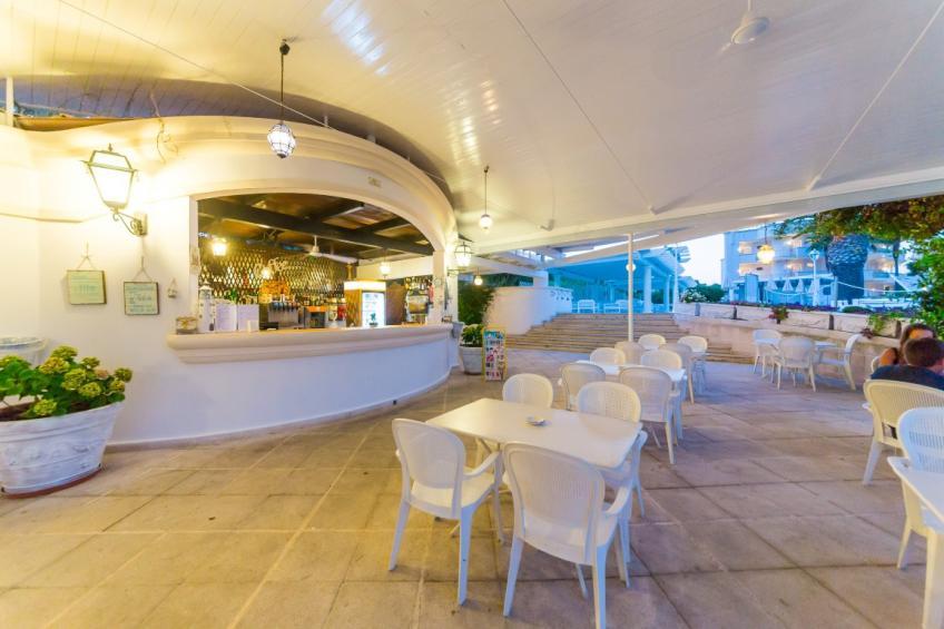 bar esterno Nicolaus Club Prime il Gabbiano
