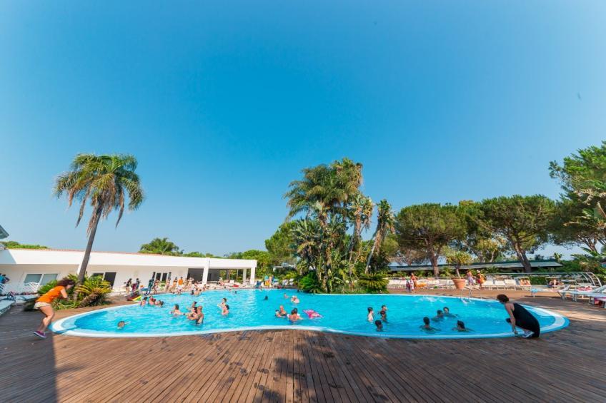 animazione piscina Nicolaus Club Oasis